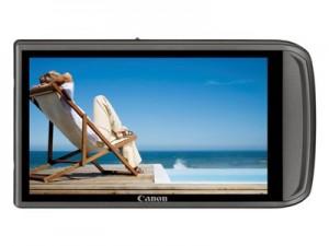 Bei dieser Ixus 210 besteht die komplette Kamerarückseite nur aus einem Touchscreen-Display Foto: Canon