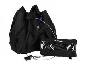 Solche Kamerataschen mit eingebautem Stahlgitter schützen Ihr Kameraequipment  auf Reisen zuverlässig vor einem Diebstahl. Foto: Pacsafe