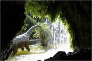 """Ein typisches """"Problembild"""" für den Helligkeitskontrast: Aus einer dunklen Höhle wird nach draußen fotografiert"""