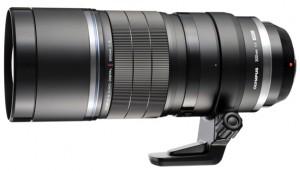 Das Superteleobjektiv M.Zuiko Digital ED 300mm 1:4 wird vor allem Tierfotografen begeistern